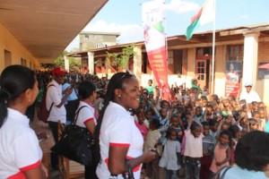 Un moment de joie pour les élèves de l'EPP Ambaniala Itaosy, grâce à Airtel.