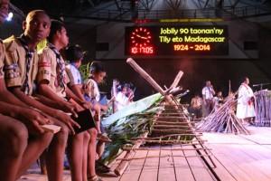 Une grande messe au Palais des Sports a marqué cette célébration. (Photo Nary)
