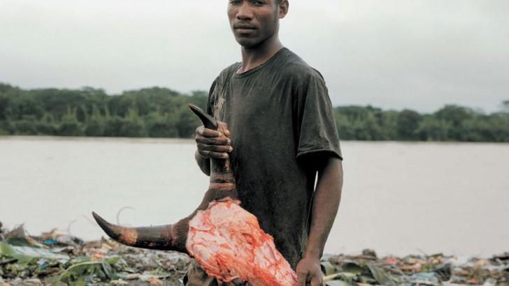 « Labor of flesh » : Jean Luc Andrianasolo, zoom sur l'ouvrier abattoir !