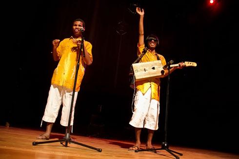 Harris et Mamy : Le duo malgache cartonne en Espagne