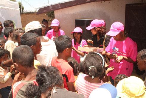 Association Mitsinjo Ny Aina : Première action sociale en faveur de 200 enfants démunis