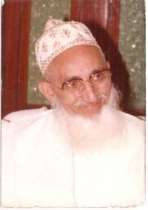Sa Sainteté Syedna Mohammad Burhanuddin Saheb avait, de son vivant, séjourné à deux reprises dans la Grande Ile.