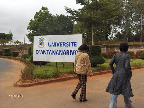 Université d'Antananarivo : Basculement vers le LMD, inévitable et immédiat !