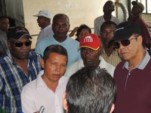 Le VPM Botozaza Pierrot se met à l'écoute des dirigeants et des employés de la Siranala.