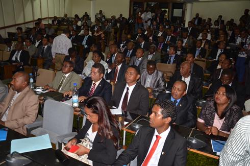 Assemblée nationale : 76 députés réclament une session extraordinaire