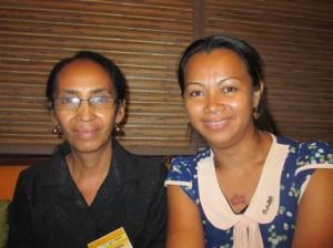 Présidente de l'EFOI Tamatave (à gauche), avec la vice-présidente Julia Garnier.