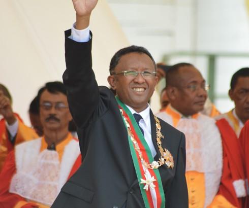 Hery Rajaonarimampianina : Vers une révision de la Constitution