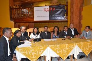 Des dirigeants du RAPP lors d'un point de presse qu'ils ont tenu, hier, au restaurant « Essentiel » à Analakely.