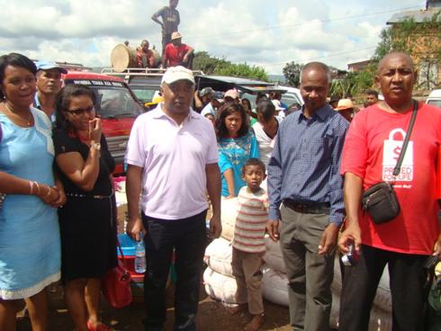 Incendie d'Atsinana-Vinany Ambositra : Don de 2,5 millions d'ariary aux sinistrés