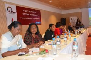 Les femmes malgaches participent de plus en plus aux activités économiques, sociales et même politiques.