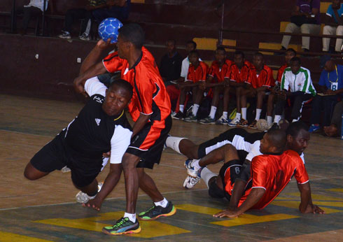 Handball : La guerre de …trois !