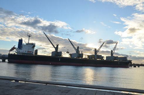 Pollution marine : Deux conventions ratifiées pour répondre aux situations critiques