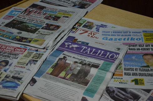 Sortie de l'Hebdo TALILIO ! L'ancien PM Monja Roindefo parmi les rédacteurs