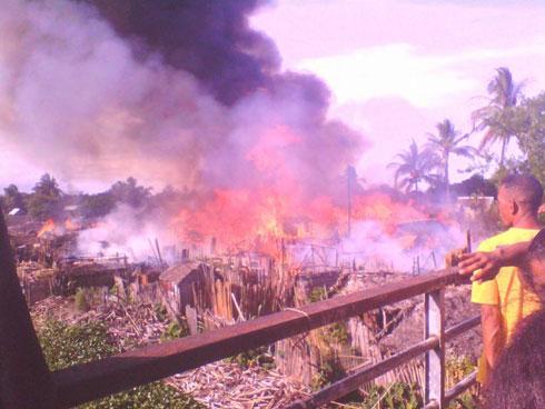 Incendie : 220 cases réduites en cendres 1 000 personnes sans-abri