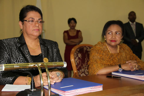 Diplomatie : Restructuration en vue dans nos ambassades