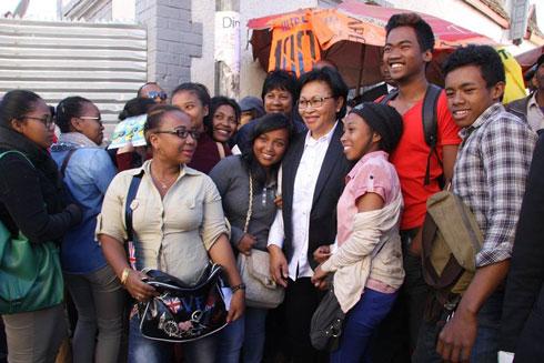 Lalao Ravalomanana : Porte-à-porte dans le premier arrondissement