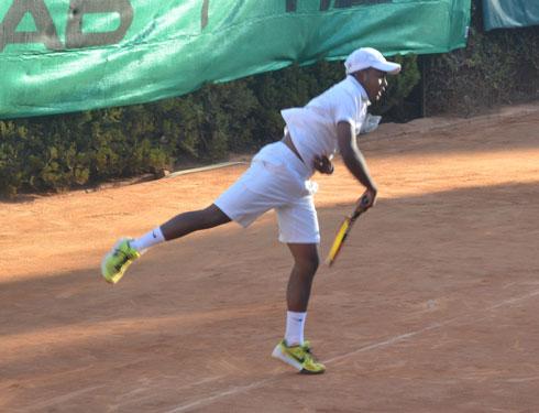 Tennis : Miary Zo Rakotondramboa champion de Madagascar U18 à 15 ans !