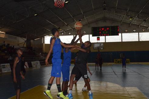 Basket-ball – Sommets Nationaux U 16 G et F : Va pour les quarts de finale