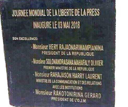Journée de la presse à Tamatave : Une stèle pleine de fautes !