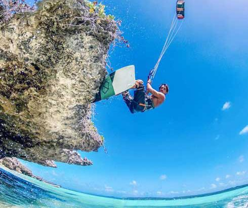 Kitesurf: Youri Zoon, le double champion du monde à Madagascar