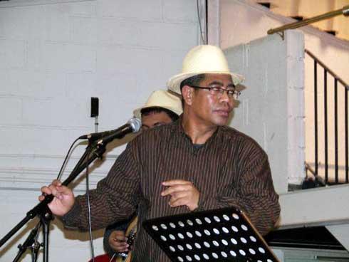 Musique : Politique « Manalasala » pour Hery Lape