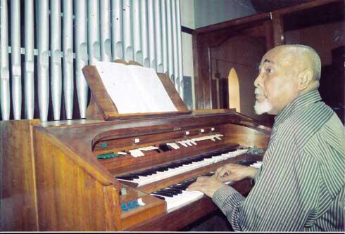 « Te Hankalaza aho » : Dany Ranoa célèbre ses 60 ans de composition