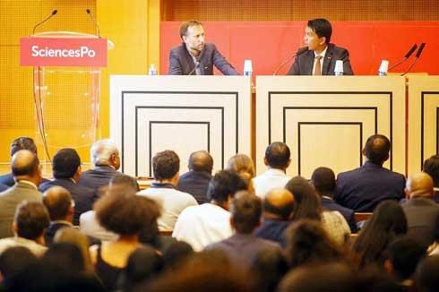 Andry Rajoelina : Débat démocratique à « Sciences Po » Paris