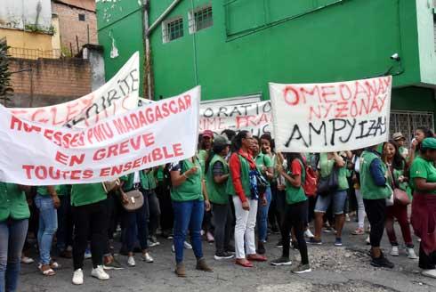 PMU Madagascar : Grève des hôtesses
