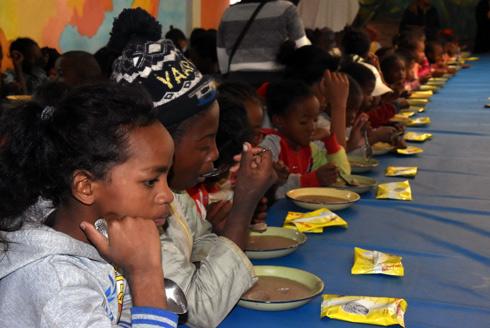 Centre Betania Ankasina : Un repas nutritif pour les enfants