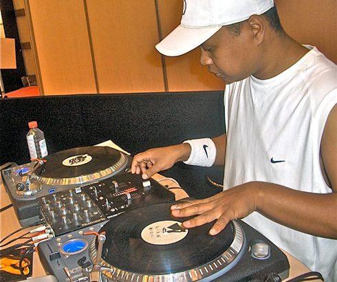 DJ Dina : 30 ans de carrière, ça se fête!