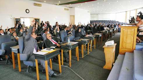 Restrictions budgétaires : Le Sénat lance un SOS à l'Exécutif