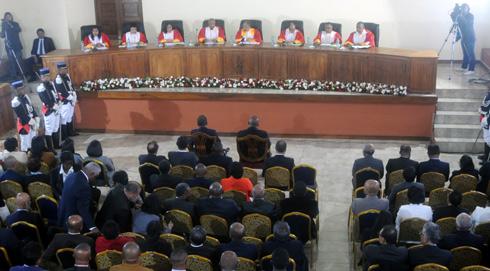 Assemblée nationale : 84 sièges IRD, 46 indépendants, 16 TIM et 5 autres partis