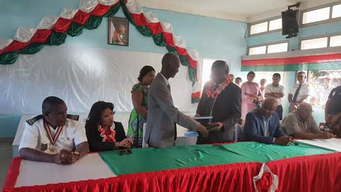 SAVA : Le gouverneur Tokely Justin prend ses fonctions