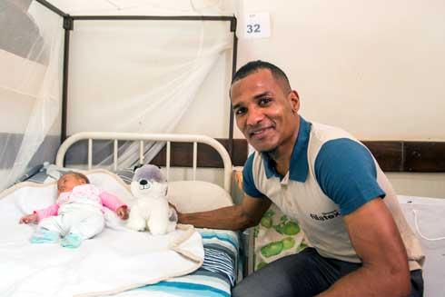 Florent Malouda : A la rescousse de l'Hôpital des Enfants d'Ambohimiandra