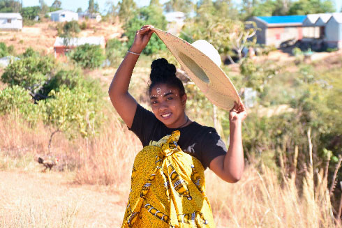 Eleazar Ludmilla Raolinirina : Une entrepreneure du tourisme culturel dans le Nord de la Grande-Ile