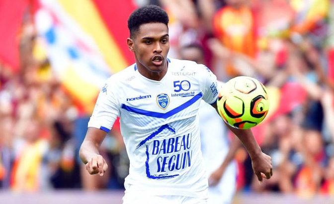 Football -Ligue 2 :Rayan Raveloson en grande forme