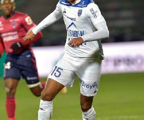 Football – Estac Troyes : Rayan Raveloson dans le Top 5
