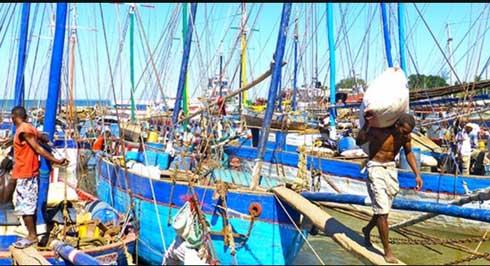 Covid-19 : Un bateau confiné au large de Mahajanga