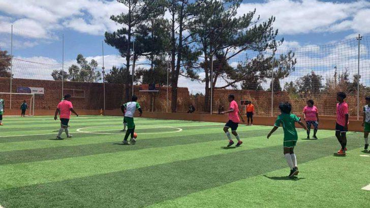 In Soccer Family Challenge :La famille Rasolofosaona sacrée